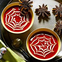 Spiderweb Soup and mini spider grilled cheese halloween dinner Halloween Desserts, Halloween Fruit, Halloween Punch, Healthy Halloween, Halloween Food For Party, Holidays Halloween, Spooky Halloween, Halloween Cupcakes, Gastronomia