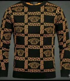 Versace Medusa Sweater Size M- Versace Sweater, Versace Shirts, King Fashion, Look Fashion, Fashion Styles, Stylish Men, Men Casual, Casual Outfits, Burberry Men
