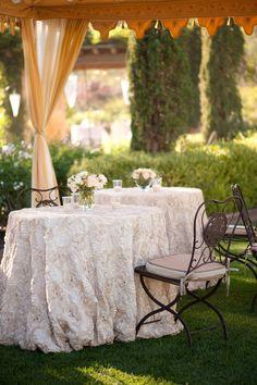 Gorgeous table linens