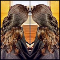 Caramel peek-a-boo highlights (by VickyH) Summer Hairstyles, Braided Hairstyles, Fashion Beauty, Beauty Style, Peek A Boos, Hair Dos, Hair Designs, Hair And Nails, Hair Inspiration