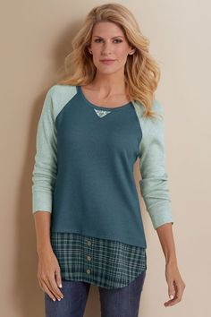 A mix of textural elements, distilled into one transcendent look. With a soft-knit body, contrast sleeves and plaid shirttail hem, this tee does the creative layering for you Clothes For Sale, Clothes For Women, Discount Womens Clothing, Great Women, Playing Dress Up, Fashion 2017, Fall Outfits, Autumn Fashion, Alchemy