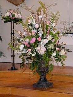 Learn how to make flower arrangements