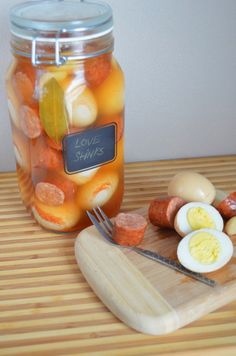 iron stef: cajun pickled eggs and sausage egg recipe Cajun Recipes, Sausage Recipes, Egg Recipes, Appetizer Recipes, Great Recipes, Appetizers, Favorite Recipes, Spicy Pickled Eggs, Pickled Sausage