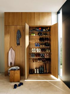 Best Inspirational Shoe Collections Rearrangement Designs For Your House - Page 15 of 50 - Diaror Diary Small Storage Shelves, Closet Shoe Storage, Tiny House Storage, Hallway Storage, Home Office Storage, Ikea Storage, Floating Shelves Diy, Small Bathroom Storage, Shoe Cabinet Design