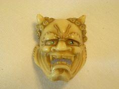 ButtonArtMuseum.com - Vintage Molded Plastic / Resin Button Devil Head Gargoyle Grotesque Face Horns