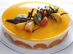 Peach flavoured take on a fraisier Mini Cakes, Cupcake Cakes, Blog Patisserie, Cake Recipes, Dessert Recipes, Sugar Bread, French Cake, Pastry Cake, Shortbread