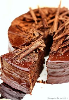 Talk about Ultimate Chocolate Cake!  Wow! via @CitrusandCandy