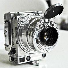 ђo₡u§ Fo₡u§ ~ §milᏋ ~ Jaeger LeCoultre Compass subminiature camera, Via Otaku Gangsta Antique Cameras, Vintage Cameras, Jeager Le Coultre, Green Label, Classic Camera, Camera Gear, 35mm Camera, Camera Hacks, Poloroid Camera