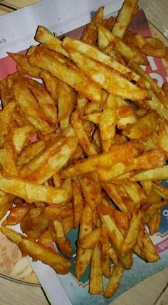 Food N, Food And Drink, Indian Food Recipes, Real Food Recipes, Yummy Snacks, Yummy Food, Crispy French Fries, Snap Food, Food Snapchat