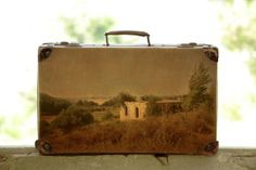 For Israeli photograph Yuval Yairi, suitcases aren't only good for holding clothes and other toiletries during trips. Yairi has repurposed a...