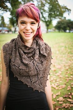 The Lonely Tree Shawl free knit pattern