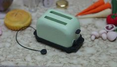 minicrochetmad: toaster tutorial