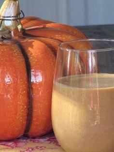 Pine Cones and Acorns: Pumpkin Pie White Hot Chocolate