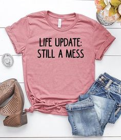 High quality unique funny mom shirts with amazing design Ideas that you will love. Cool Shirts For Men, Funny Shirts Women, Funny Shirt Sayings, Cute Tshirts, Shirts With Sayings, Mom Shirts, T Shirts For Women, Sarcastic Shirts, Sassy Shirts