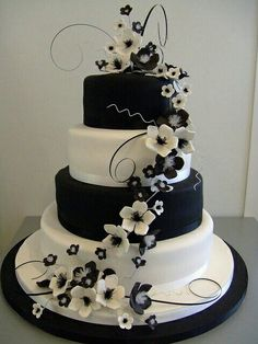 Welcome for you to our website, on this time period I'm going to demonstrate about Wedding Cakes Black And White. 30 black and white wedding cakes ideas. black and white wedding cakes are never . Pretty Cakes, Cute Cakes, Beautiful Cakes, Amazing Cakes, Sweet Cakes, Black And White Wedding Theme, White Wedding Cakes, Cake Wedding, Pretty Wedding Cakes