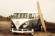 The VW Bus: The End Of An Era. Classic mid era Volkswagen Camper van with surf board. Volkswagen Bus, Volkswagen Transporter, Vw Camper, Vw Caravan, Vw T1, Campers, Westfalia Van, Volkswagon Van, Volkswagen Models