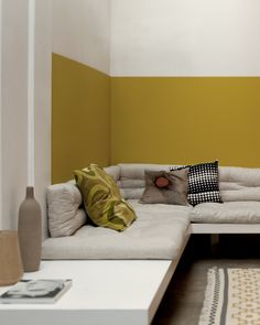 at Sabri: color idea for the living room - Half Painted Walls, Yellow Interior, Living Spaces, Living Room, Corner Sofa, Home Staging, Cabana, Wall Colors, Colorful Interiors