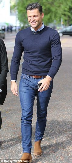 Mark Wright has a spring in his step at This Morning studios Die: boots + navy jeans + Navy sweaters + White shirt Mode Outfits, Casual Outfits, Fashion Outfits, Smart Casual Outfit, Teen Outfits, Stylish Men, Men Casual, Casual Fall, Mens Smart Casual Fashion