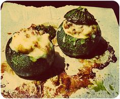 Calabacines rellenos de estofado de soja