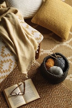 We're crushing on everything knit for fall. Cozy decorative pillows and throws just make the whole room feel warmer.