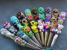 fimo Polymer Clay Pens, Polymer Clay Animals, Polymer Clay Flowers, Polymer Clay Jewelry, Polymer Project, Polymer Clay Projects, Clay Crafts, Hobbies And Crafts, Diy And Crafts
