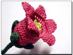 Free Crochet Pattern For Iris Flower : Crochet Flowers on Pinterest Crochet Flower Patterns ...