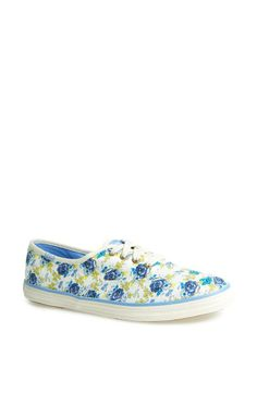 Can't get enough of the floral! Need these Taylor Swift Keds.