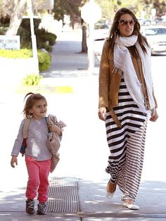 Maternity Style. Stripes and Scarves. Alessandra Ambrosio.