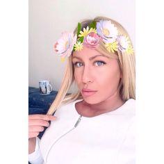 Oci su ogledalo duse  #makeup #instamakeup #toptags @top.tags #cosmetic #cosmetics #fashion #eyeshadow #lipstick #gloss #mascara #palettes #eyeliner #lip #lips #tar #concealer #foundation #powder #eyes #eyebrows #lashes #lash #glue #glitter #crease #primers #base #beauty #beautiful #ootd by poticmarija