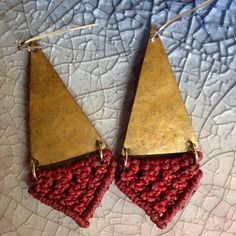 Petite red and brass macramé earrings by TeioDesigns on Etsy