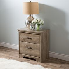 You will love this traditional-style night stand for its practical storage spaces. It is enhanced by a rich finish that creates an air of sophistication in any bedroom.