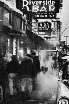 Photograph by Nat Farbman. Fairbanks, Alaska, USA, 1958.