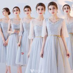 f7f438ff75 Niedrogie Szary Przezroczyste Sukienki Dla Druhen 2018 Princessa Aplikacje  Z Koronki Szarfa Długość Herbaty Wzburzyć Bez Pleców Sukienki Na Wesele