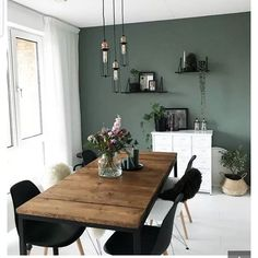 29 Beautiful Dining Room Paint Colors Ideas and Inspiration Gallery Bring in the nature! Having a few potted plants and a green wall definitely transforms your room into a botanical heaven~ Try this out in your HDBs now! Dining Room Paint Colors, Paint Colours, Kitchen Colors, Green Kitchen Walls, Kitchen Paint, Design Kitchen, Kitchen Decor, Kitchen Interior, Kitchen Wood