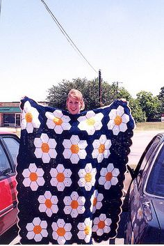 """Summary: (from the book) """"This familiar patchwork quilt pattern can also be ma… – Knitting patterns, knitting designs, knitting for beginners. Hexagon Patchwork, Patchwork Quilt Patterns, Crochet Blanket Patterns, Crochet Blankets, Knitting Designs, Knitting Projects, Crochet Projects, Knitting Patterns, Manta Crochet"""