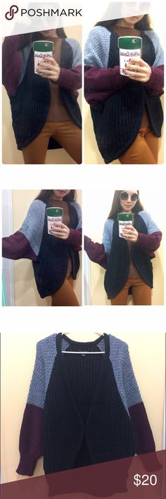 American Eagle wool blended cardigan Buttonless cardigan with grey and burgundy color blocked sleeves. Consist of 25% wool. Wrap it over your favorite turtleneck and embrace the beautiful winter! Pilling on chest and cuffs due to wearing. American Eagle Outfitters Sweaters Cardigans