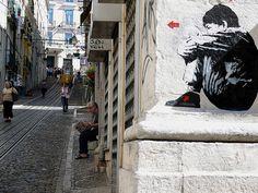 Arte callejero en Alfama, Lisboa | Portugal Turismo (shared via SlingPic)