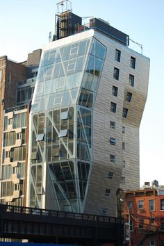 HL 23 - In Chelsea, at the Highline, New York City New York One, New York City, Chelsea Nyc, High Line, Exterior, Empire State, Skyscraper, The Neighbourhood, Places To Go