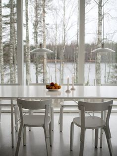 Viimeinen | Hetkiä Dining Table, Cottage, Furniture, Home Decor, Decoration Home, Room Decor, Dinner Table, Cottages, Home Furnishings