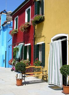 Burano by Fab and World, via Flickr