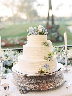 white-cake-hydrangea