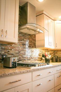 Kitchen Cabinet Manufacturers, Condo Remodel, Traditional Kitchen, Backsplash, Home Remodeling, Kitchen Design, Kitchen Cabinets, Home Decor, Cuisine Design