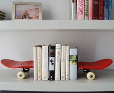 Suporte Skate para Livros