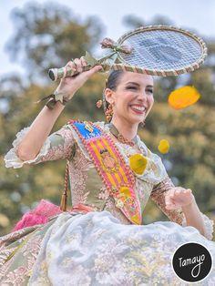 Raquel Alario en la Batalla de Flores. Fallera Mayor de Valencia
