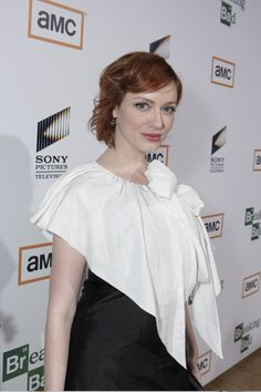 christina-hendricks-fake-boobs-hairy