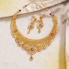 Indian Gold Necklace Designs, Antique Jewellery Designs, Indian Jewelry Sets, Gold Earrings Designs, Gold Bangles Design, Gold Jewellery Design, Gold Jewelry, Manubhai Jewellers, Mens Ring Designs