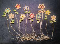 Crochet Beads flowers. Apple blossom pattern from the Beaded Edge book