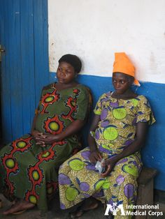 November 17:  Two soon-to-be mothers in the Democratic Republic of Congo. Photo: Robert Lankenau, International Medical Corps, DRC 2012