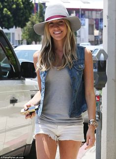 Kristin Cavallari Photos Photos - 'The Hills' star Kristin Cavallari rocks a cowboy hat while out and about in West Hollywood, California on July - Kristin Cavallari Out and About in West Hollywood Short Outfits, Summer Outfits, Casual Outfits, Cute Outfits, Fashion Outfits, Red Outfits, Casual Clothes, Style Fashion, Daisy Dukes