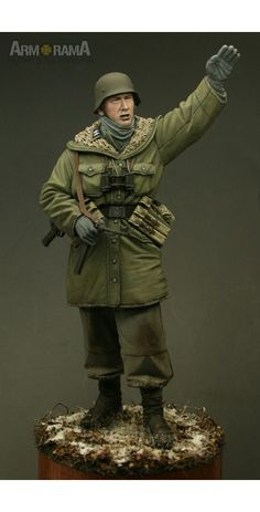 Waffen-SS Grenadier, Winter 1944/45 Manufacturer: Alpine Miniatures Scale: 1/16…
